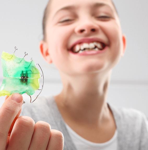 Interception precoce Dr Roy Orthodontistes Meyrin Geneve